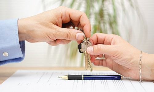 4 Reasons Not to Renew Your Lease